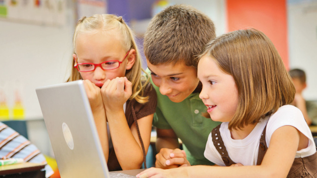 Safely introducing your child to digital media